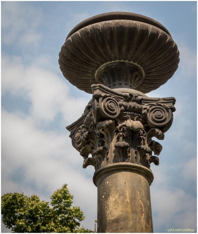 Korinthische Brunnensäule am Stadtbad I
