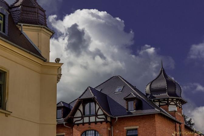 Sooo tief das Blau - Himmel über Korseltstraße